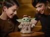 Hasbro-Animatronic-The-Child-Play-02