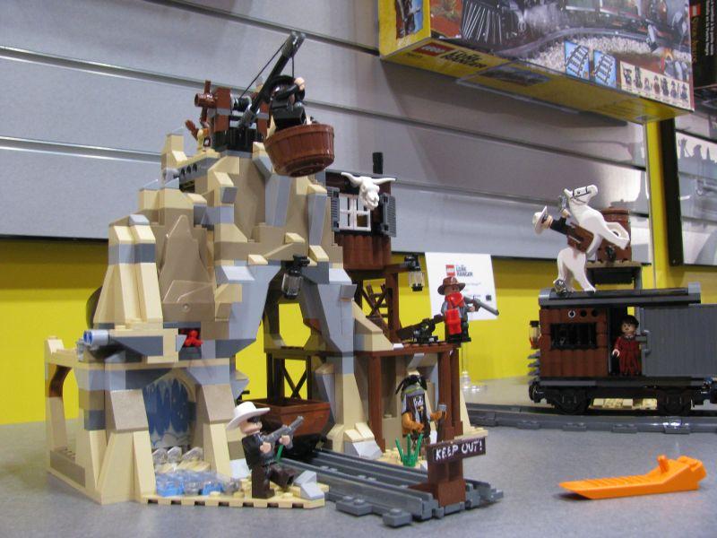 Lego Lone Ranger 2013 79110 Silver Mine Shootout