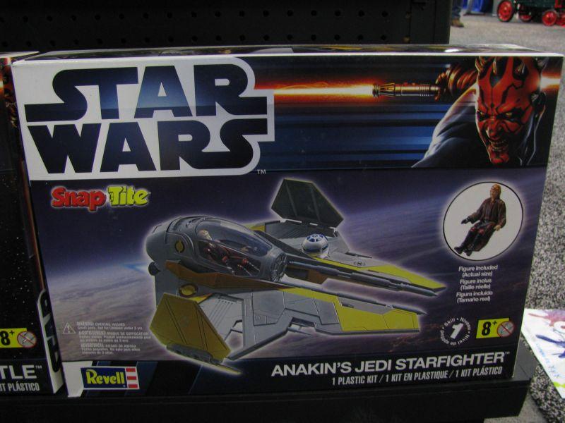 Revell Toy Fair 2013 Anakin's Jedi Starfighter