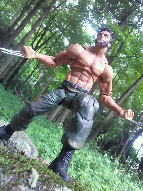 Diamond Select Marvel Select Wolverine
