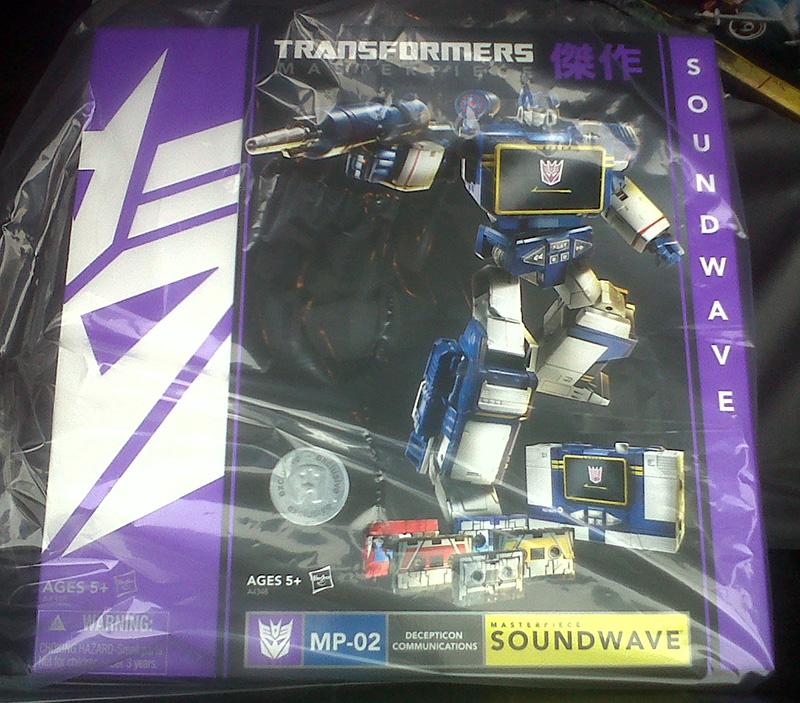 Transformers Masterpiece Soundwave