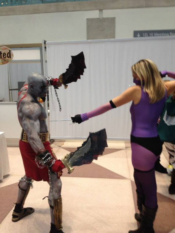 Cosplay - Kratos & Mileena