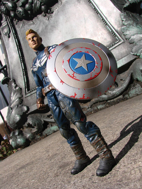 Disney Exclusive Marvel Select Captain America Coming In May