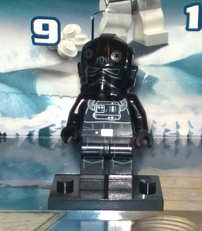 Lego 75056 Star Wars Advent Calendar - Day 11b