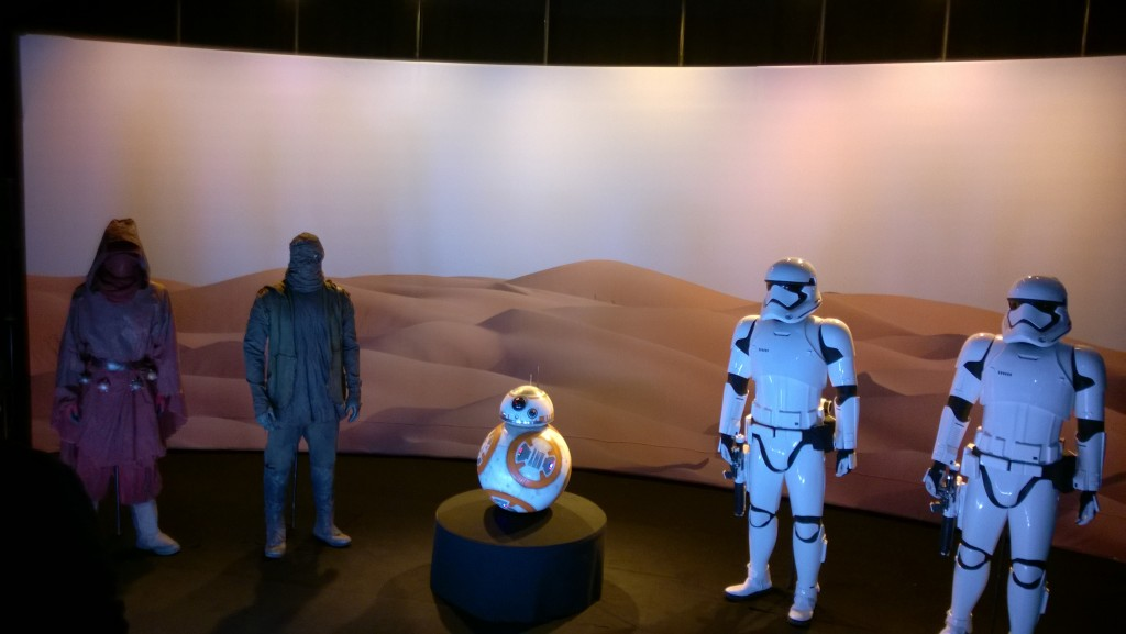 The Force Awakens Prop Display SWCA