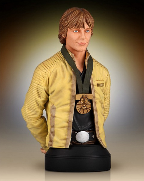 Gentle Giant Luke Skywalker Hero of Yavin