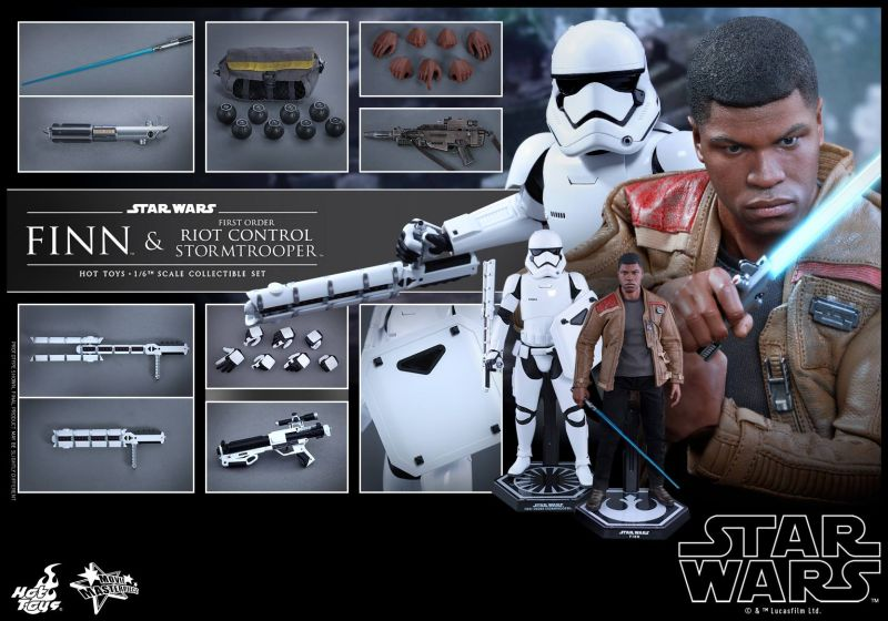 Hot Toys Riot Control Stormtrooper and Finn
