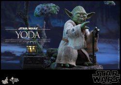 Hot Toys The Empire Strikes Back Yoda