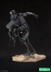 Kotobukiya ARTFX Death Trooper 02
