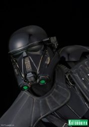 Kotobukiya ARTFX Death Trooper 03