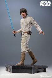 Premium Format Luke Skywalker Front
