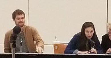 Finn Jones And Jessica Henwick Attend Baltimore Comic Con