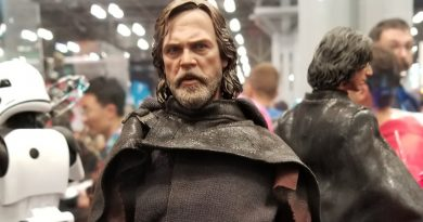Star Wars The Last Jedi Reveals By Sideshow And Hot Toys At NYCC