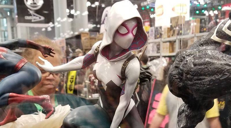 Spider-Gwen Statue Banner