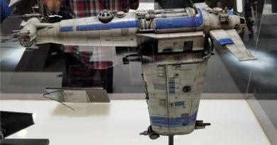 Star Wars: The Last Jedi Prop Display At NYCC