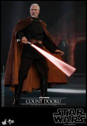 HT AOTC Count Dooku Lightsaber Action