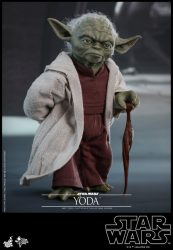 HT AOTC Yoda Walking
