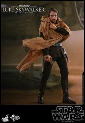 Hot Toys Deluxe ROTJ Luke Skywalker Tattoine
