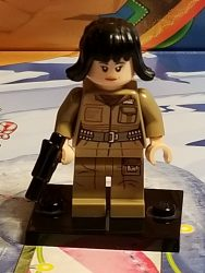 Lego 75213 Star Wars Advent Calendar 2018 Day 2 Rose Tico Front