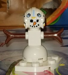 Lego 75213 Star Wars Advent Calendar 2018 Day 24 Snowman