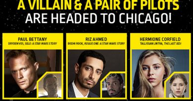 Paul Bettany, Riz Ahmed, And Hermione Corfield Signing At Celebration Chicago