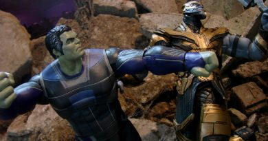New Marvel Select Exclusives At The Disney Store