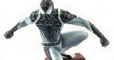 Negative Suit Spider-Man Game Gallery Statue Announced By Diamond Select