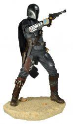 GG Premier Mandalorian Gunslinger Side