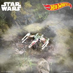 Hot Wheels SDCC TESB40 X-Wing Loose Iso