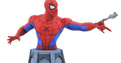 Diamond Select 2021 Spring Preview: Marvel Select Hulk, Spider-Man Bust, Disney D-Formz, More