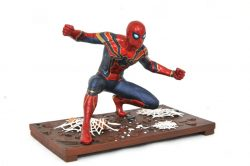 DST Marvel Gallery Spider-Man Side