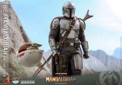 Hot Toys Quarter The Mandalorian and The Child